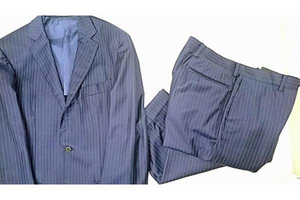 スーツ、ビジネスカジュアル特集!!買うのも売るのもトレファクで!!