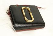 【MARC JACOBS/マークジェイコブス】より二つ折り財布が入荷しました!