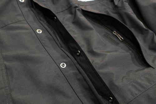 Mountain Light Jacketの古着