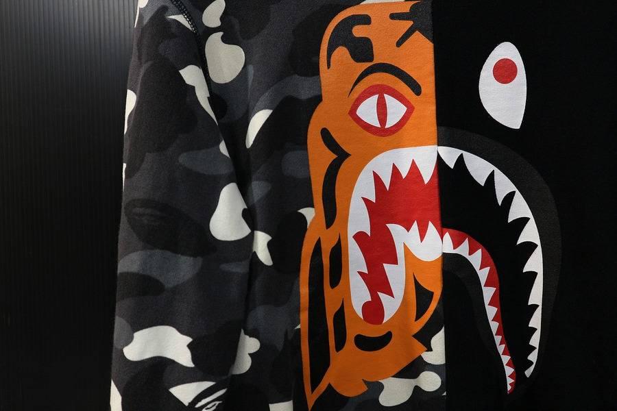 【A BATHING APE/ア ベイシング エイプ】またもや!?18SS TIGER SHARKからプルオーバースウェット入荷!!