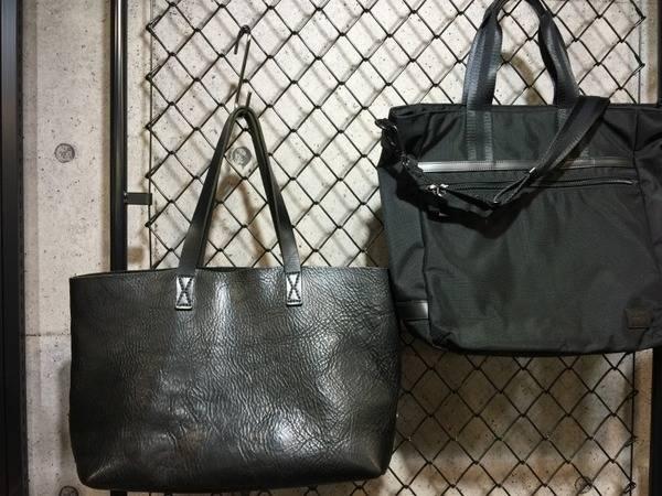 人気ブランドから王道ブラックカラーのバッグたちをご紹介!