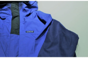 90'Sらしい鮮やかな色が魅力のPatagonia(パタゴニア)STRETCH TRIOLET JACKETを状態美品で入荷です!