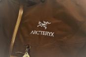 人気のGORE-TEXを使用した、 ARC'TERYX(アークテリクス)ALPHA SL JACKETを未使用で入荷!!
