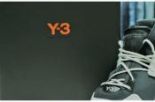 Y-3(ワイスリー)の近未来的スニーカーKYDOを入荷!