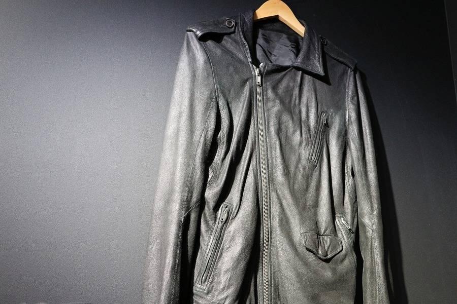 「RICK OWENSのレザージャケット 」