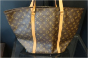 LOUIS VUITTON ルイヴィトン 王道バッグ入荷いたしました。