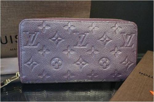 古着買取の財布