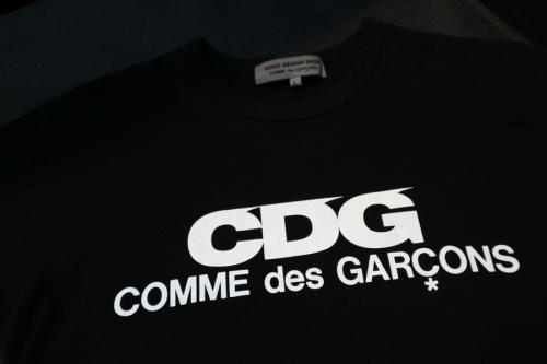 コムデギャルソンのtシャツ