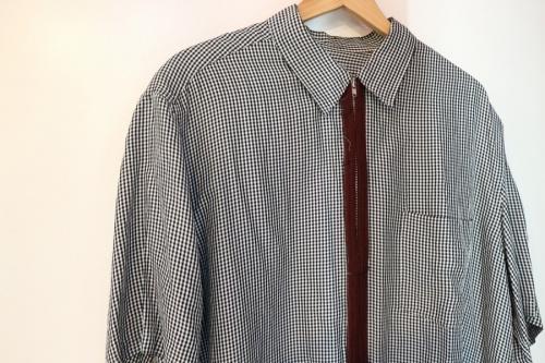 コムデギャルソンのジップアップシャツ