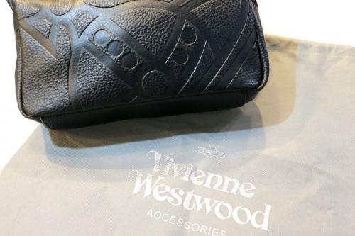 ラグジュアリーブランドのVivienne Westwood