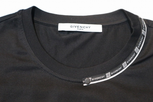 ウェビングスリムフィットteeのTシャツ