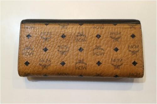 エムシーエムの長財布