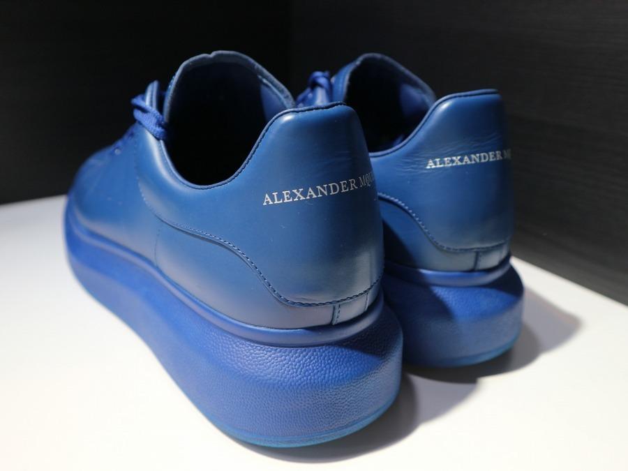 アレキサンダー マックイーンのスニーカー