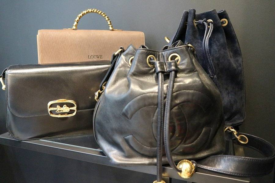 CHANEL  GUCCI CELINE LOEWE of 『Vintage』 BAG【トレファクスタイル新小岩 古着屋ブログ】