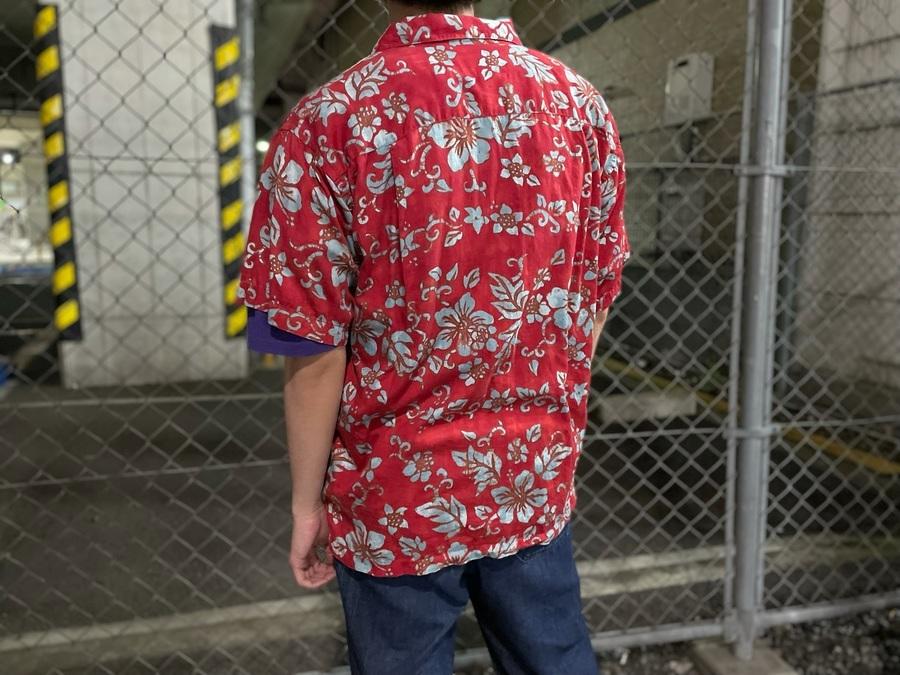 アロハシャツの富士見台店