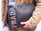 PRADA(プラダ)のクラッチバッグが入荷