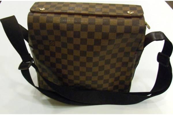 「ヴィトンのバッグ 」