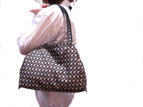 ボッテガベネタのスモールトートバッグ