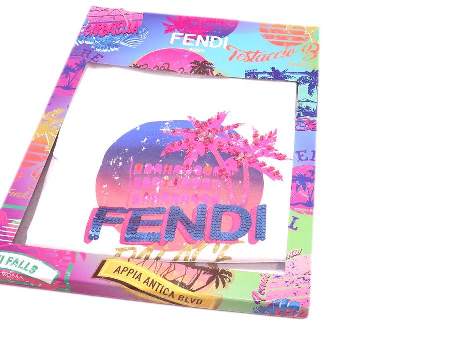 フェンディのピンクパームスパンコールカットソー