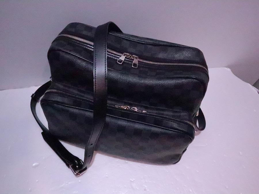ルイヴィトンのショルダーバッグ