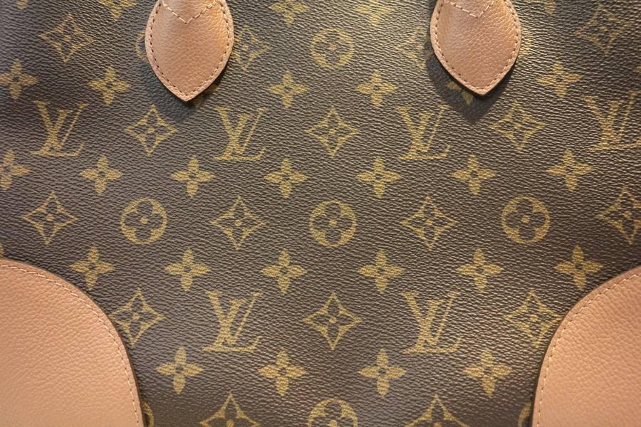 LOUIS VUITTON(ルイ ヴィトン) から16年モデルのボワトゥローズが入荷!トレファクスタイル稲毛店。古着買取入荷情報。