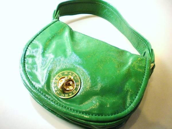「マークバイマークジェイコブスのバッグ 」