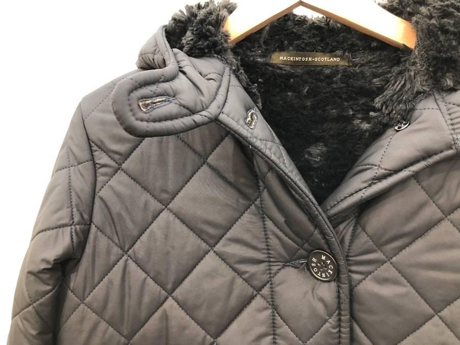 男女問わず幅広く人気の老舗ブランドMACKINTOSH/マッキントッシュよりコートのご紹介。