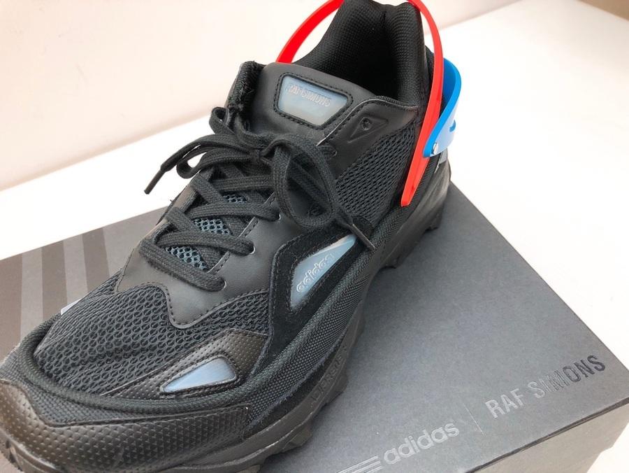adidas×RAF SIMONS スペシャルタッグから生まれた限定モデルスニーカー!!