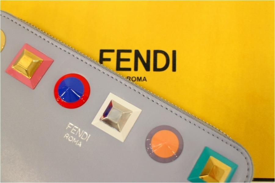 《FENDI/フェンディ》スタッズ付!今感たっぷりの財布が入荷いたしました♪