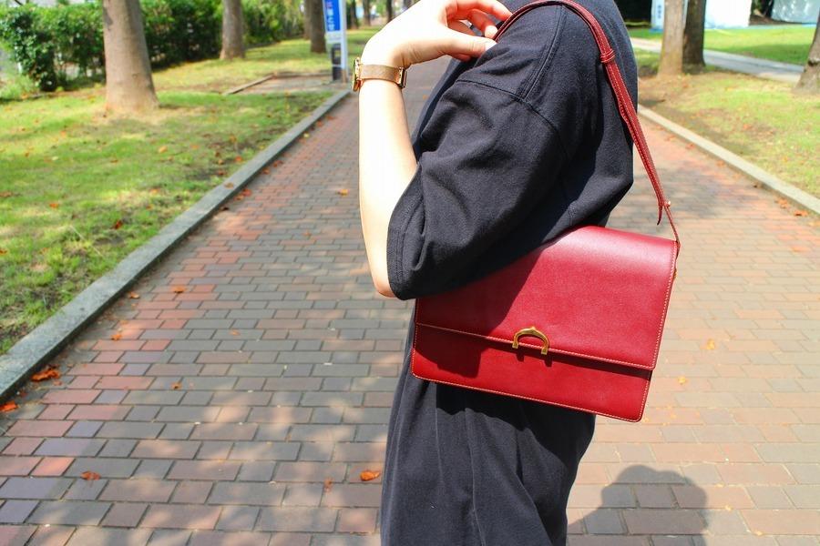 【Cartier/カルティエ】より、素敵なヴィンテージバッグの入荷です。