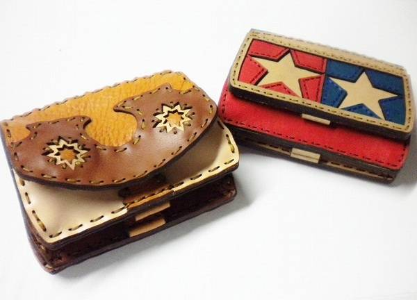 「オジャガデザインの財布 」