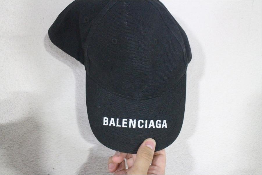 「インポートブランドのBALENCIAGA 」