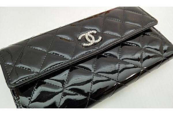 シャネル バッグのCHANEL 財布