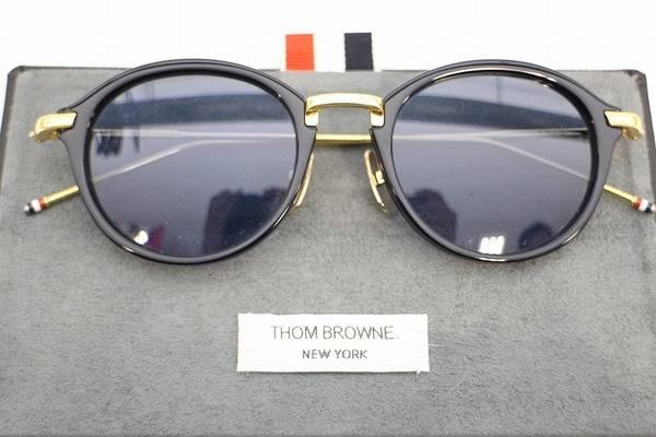 トムブラウンのサングラス