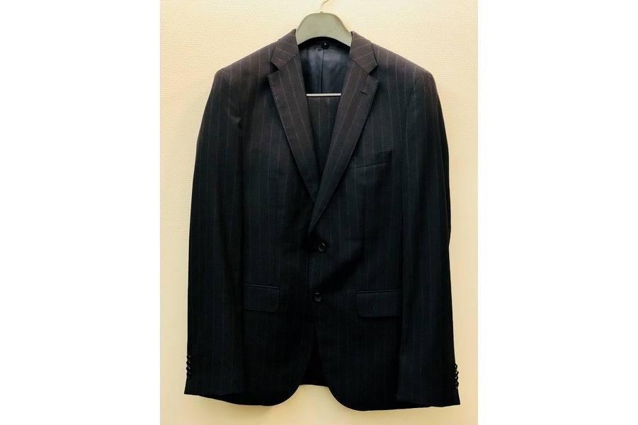 買取案内のスーツ