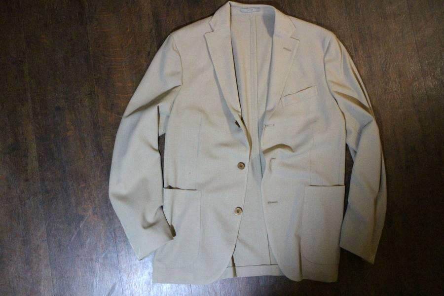 買取入荷のスーツ