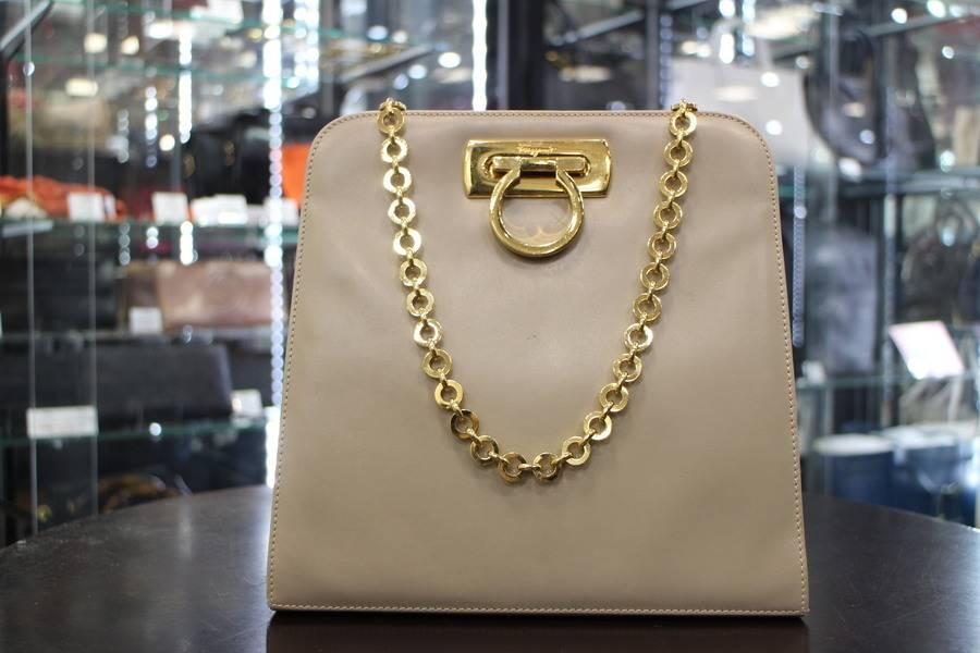 多摩センターのブランドバッグ
