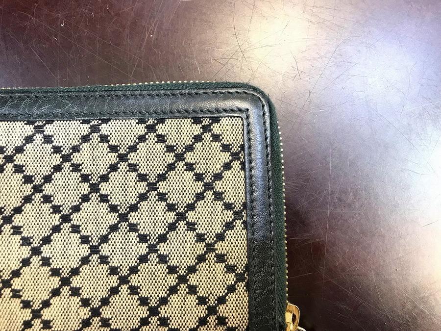 ラウンドファスナー 財布のレディース