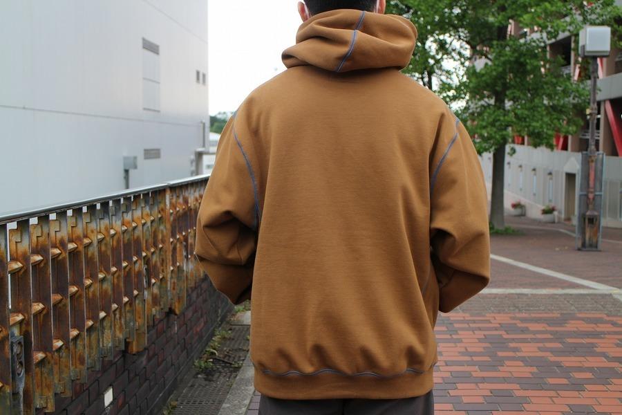 アウェイクニューヨーク カーハートのAwake NY Sweatshirt