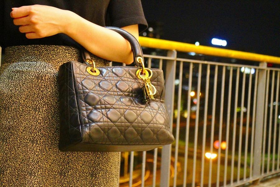 【Christian Dior/クリスチャン ディオール】よりヴィンテージハンドバッグが入荷致しました。