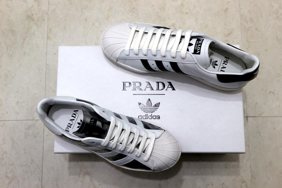 「ラグジュアリーブランドのPRADA × adidas 」