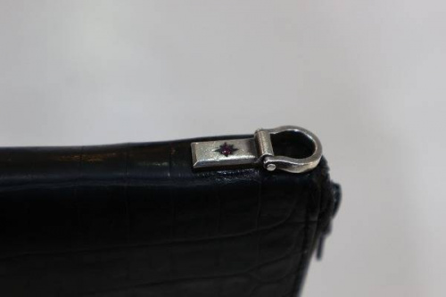 ISAMU KATAYAMA BACKLASHの長財布
