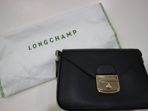 キャリアファッションのLONGCHAMP