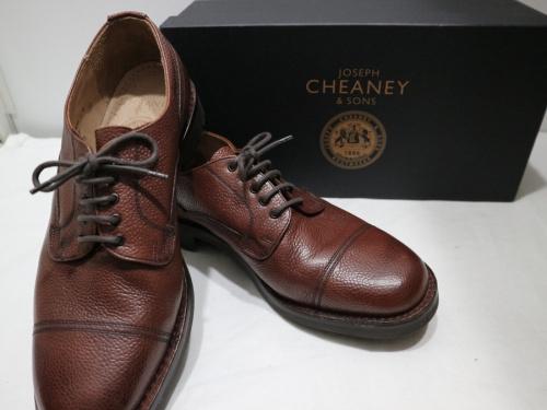 キャリアファッションのCHEANEY