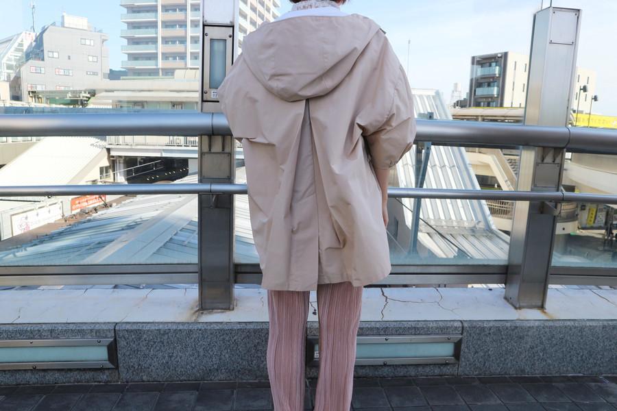 プラダのコットンワイドフーデッドジャケット