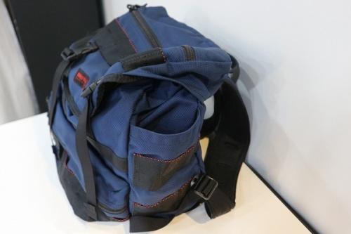 ブリーフィングのバッグパック