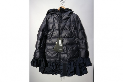 MONCLER Sのモンクレールエス