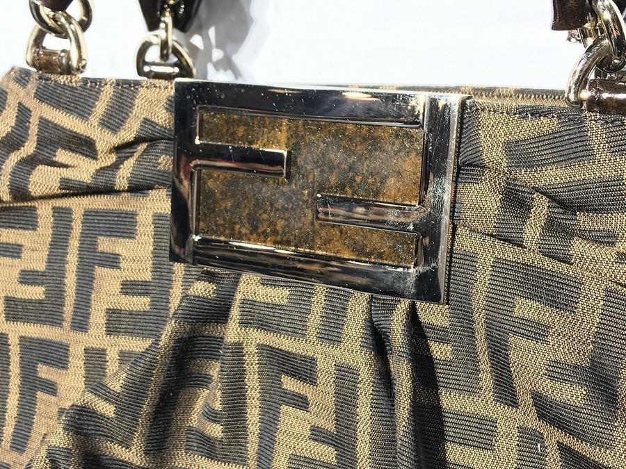 フェンディのハンドバッグ