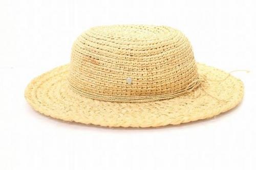 帽子のラフィアハット