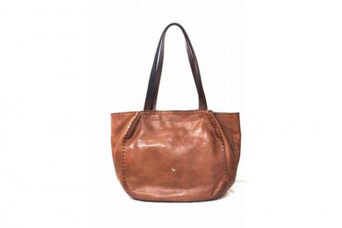 アンリークイールのバッグ
